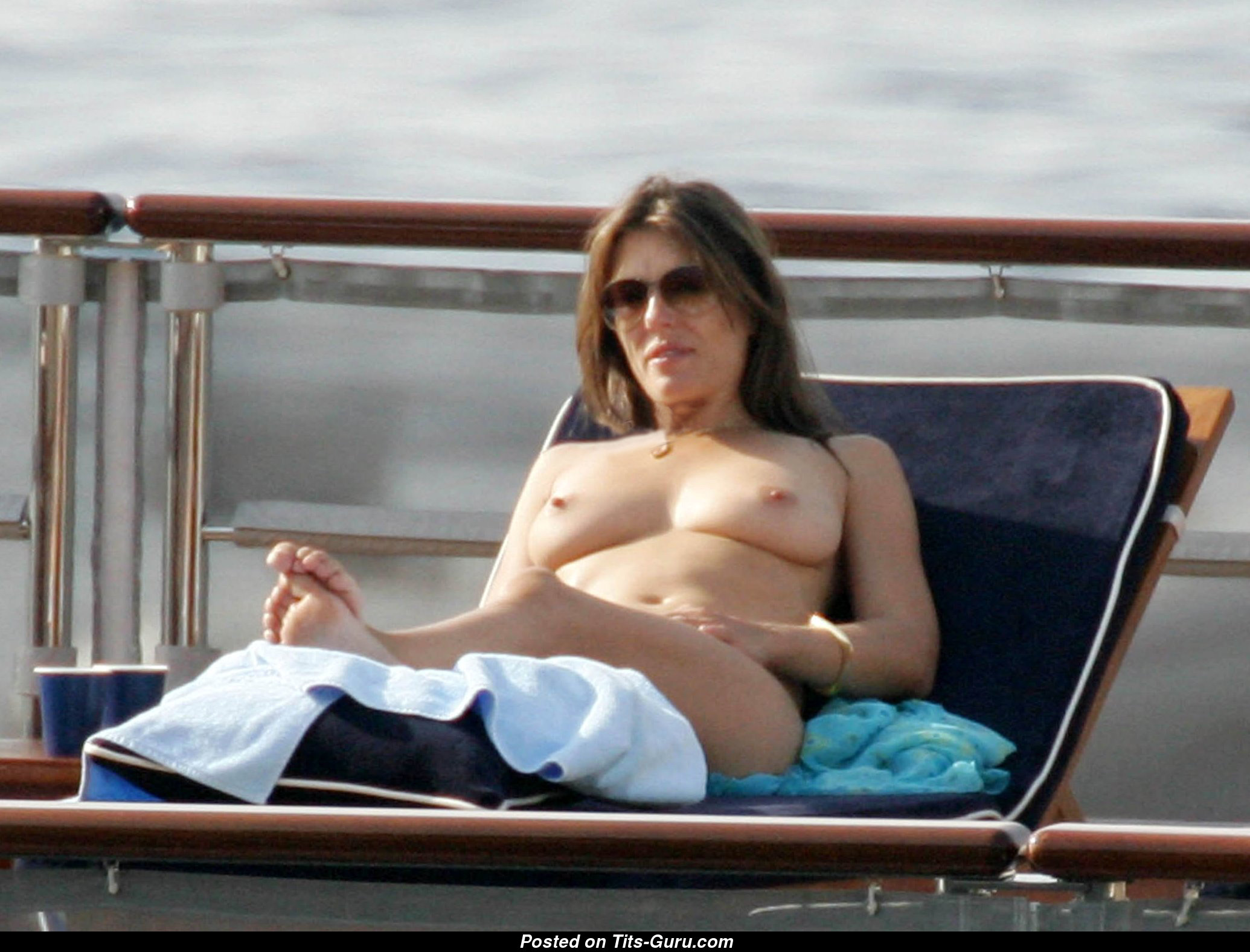 elizabeth hurley photos xxx