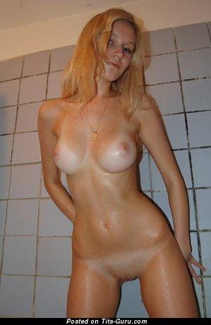 любительское голые фото девушек