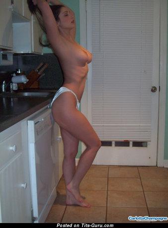 Nude beautiful female picture