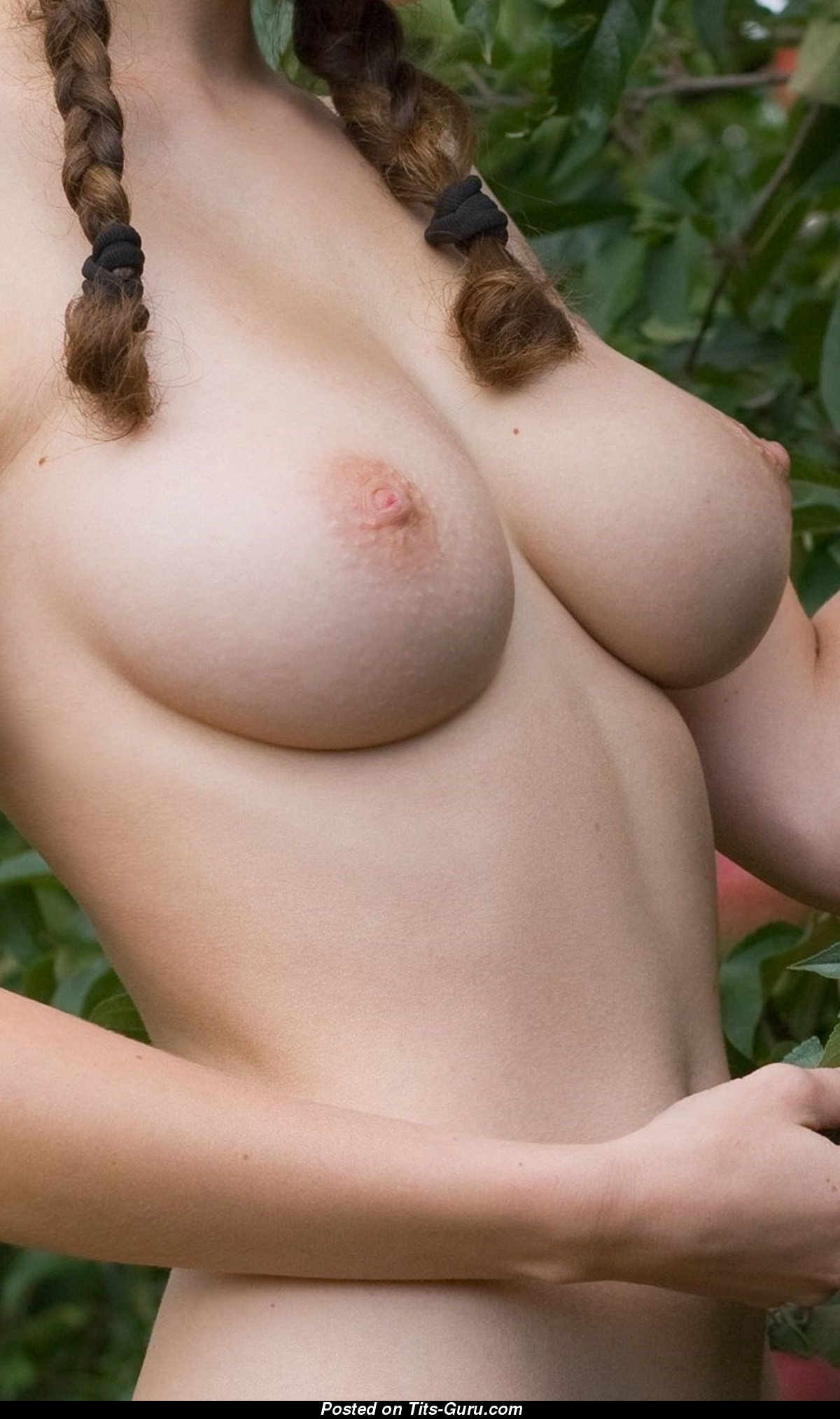 Fine Moll With Fine Bald Real Normal Melons 18 Pix 2812 -9869
