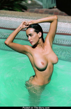 Sarah Stephens - Graceful Australian Brunette with Graceful Defenseless Natural C Size Boobys in the Pool (Sexual Picture)