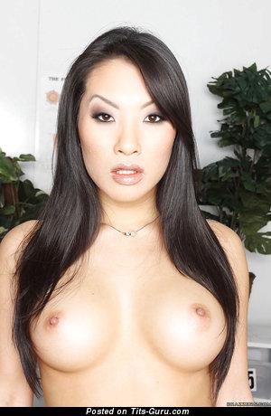 Asa Akira - Sexy Topless American Brunette Babe & Pornstar with Sexy Exposed Medium Boobie & Tattoo (18+ Photo)