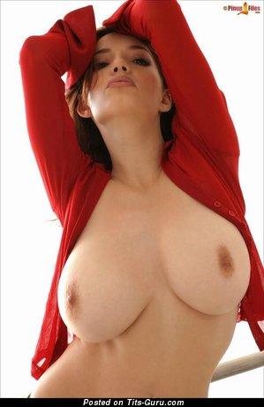Danielle Riley - sexy nude brunette with medium boob image