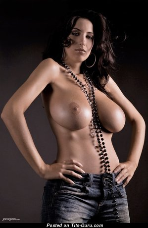 Jana Defi - sexy naked hot female with big tittys photo