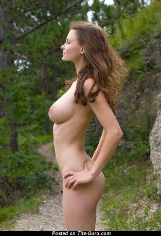 Graceful Nude Doll (Hd 18+ Foto)