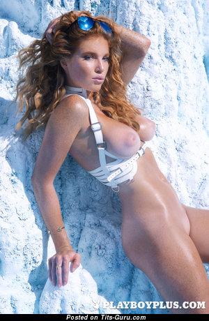 Image. Elizabeth Ostrander - nude amazing female with medium natural breast picture