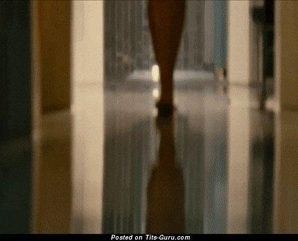 Rosario Dawson - гифка шикарной обнажённой негритянки с среднего размера сисечками