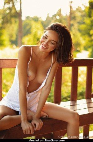 Alina Lando - Lovely Undressed Brunette (Hd Sexual Photo)