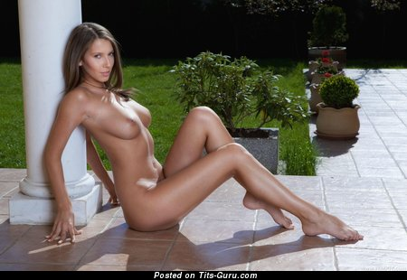 Image. Naked hot girl with medium natural breast image