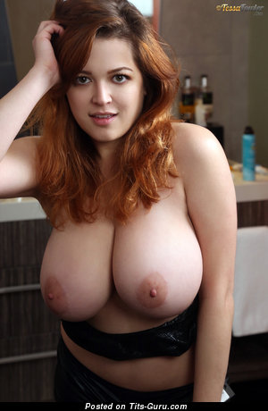 Tessa Fowler & Wonderful Topless American Brunette & Red Hair Babe & Pornstar with Wonderful Nude Real G Size Breasts & Enormous Nipples (Hd Xxx Picture)
