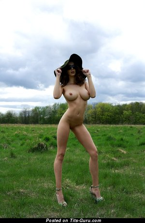 Image. Naked amazing girl with big tittys image