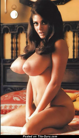 Cynthia Myers - Handsome American Playboy Female with Handsome Bald Ddd Size Jugs (Sex Picture)