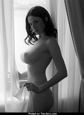 Sweet Topless Brunette Babe with Yummy Exposed Natural Breasts (Sex Photo)
