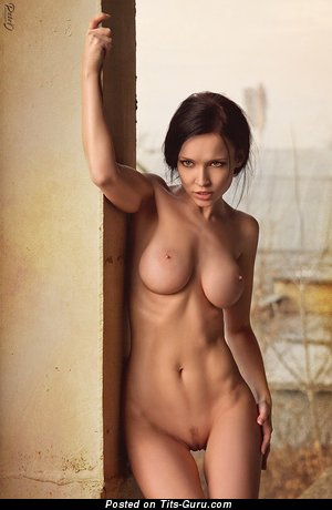 Sexy naked brunette with natural boobies and big nipples photo