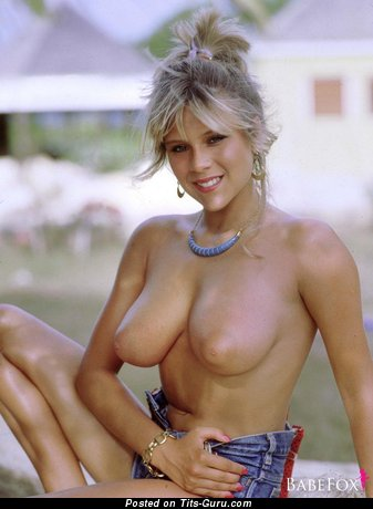 Samantha Fox - Gorgeous British Skirt with Gorgeous Open Real Very Big Balloons (Hd 18+ Foto)