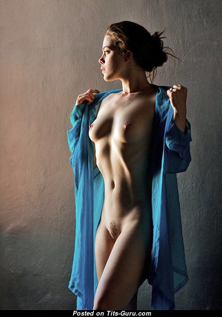 Graceful Nude Red Hair (Sex Image)