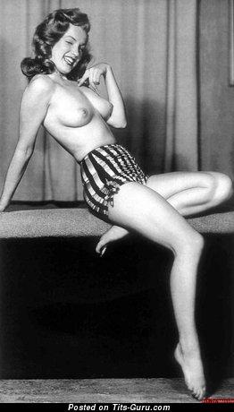 Marilyn Monroe - Pretty Topless American Playboy Blonde Actress & Singer with Pretty Nude Natural Average Breasts & Huge Nipples (Vintage Hd Sexual Pix)