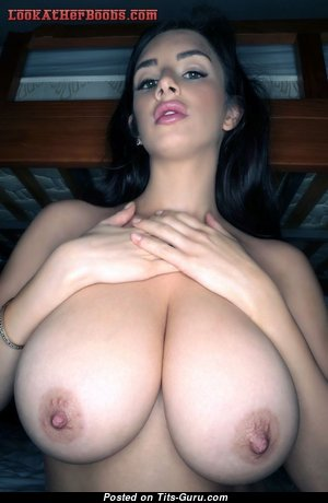 Stunning Brunette Babe with Stunning Bald Natural Big Sized Chest (Hd Sexual Pic)