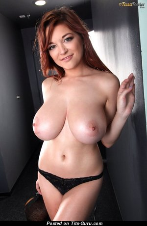 Tessa Fowler - Dazzling Topless American Red Hair Pornstar & Babe with Stunning Bald Real Enormous Chest & Big Nipples (Hd Porn Pic)
