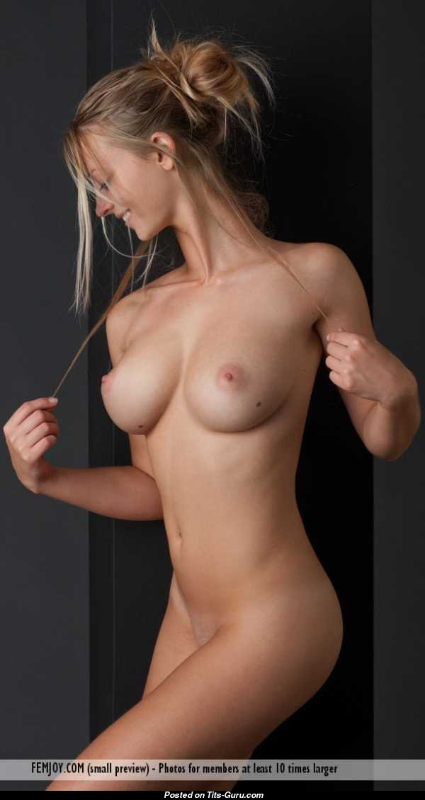 Jules jordan nude pics