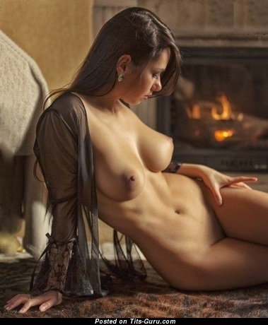 Naked brunette with medium natural boob photo