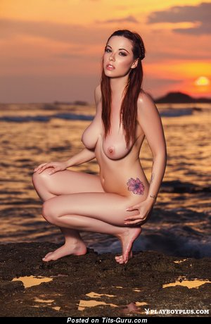 Image. Naked beautiful girl with big natural tittes image