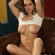 Carlye Denise - wonderful female with big natural tots picture