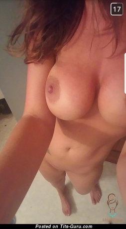 Amateur naked wonderful lady with medium natural boob selfie