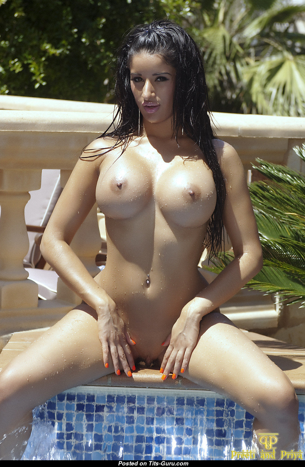 Preeti - Brunette With Bare Round Fake Full Boobs Sex -5566