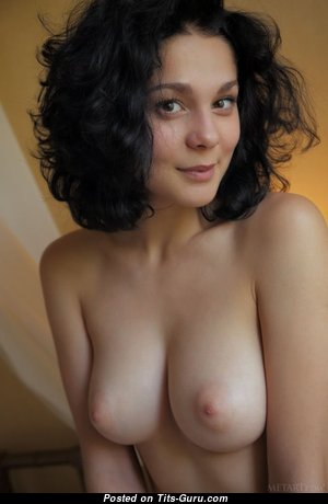 Beautiful Babe with Beautiful Bare Firm Knockers (Sex Image)