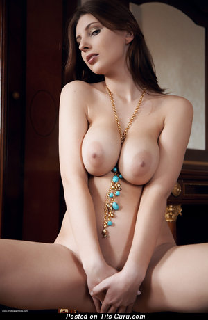 Image. Simi Rogers - nude beautiful female with big natural tittes image