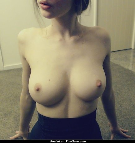 Image. Nude wonderful lady with medium natural breast pic