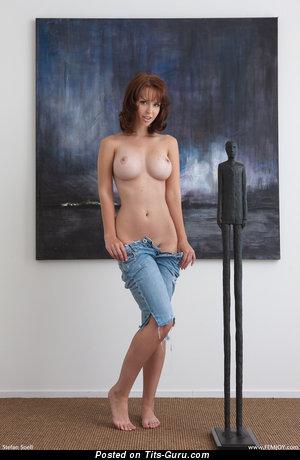 Hayden Winters - фотка офигенной модели топлесс