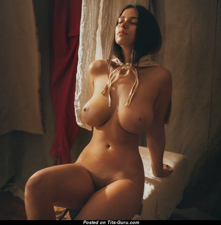 Alluring Babe with Alluring Exposed Natural Firm Jugs (Porn Image)