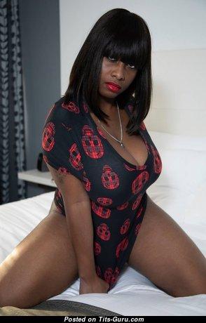 Brenda Renee - Charming Non-Nude Ebony Lady (Hd Porn Photo)