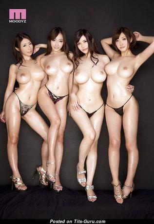 Beautiful Asian Babe with Beautiful Bare Regular Tit (Hd 18+ Photo)