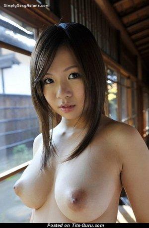 nackt Konatsu Beautiful Nude