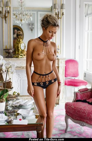 Appealing Unclothed Blonde (Hd Porn Picture)