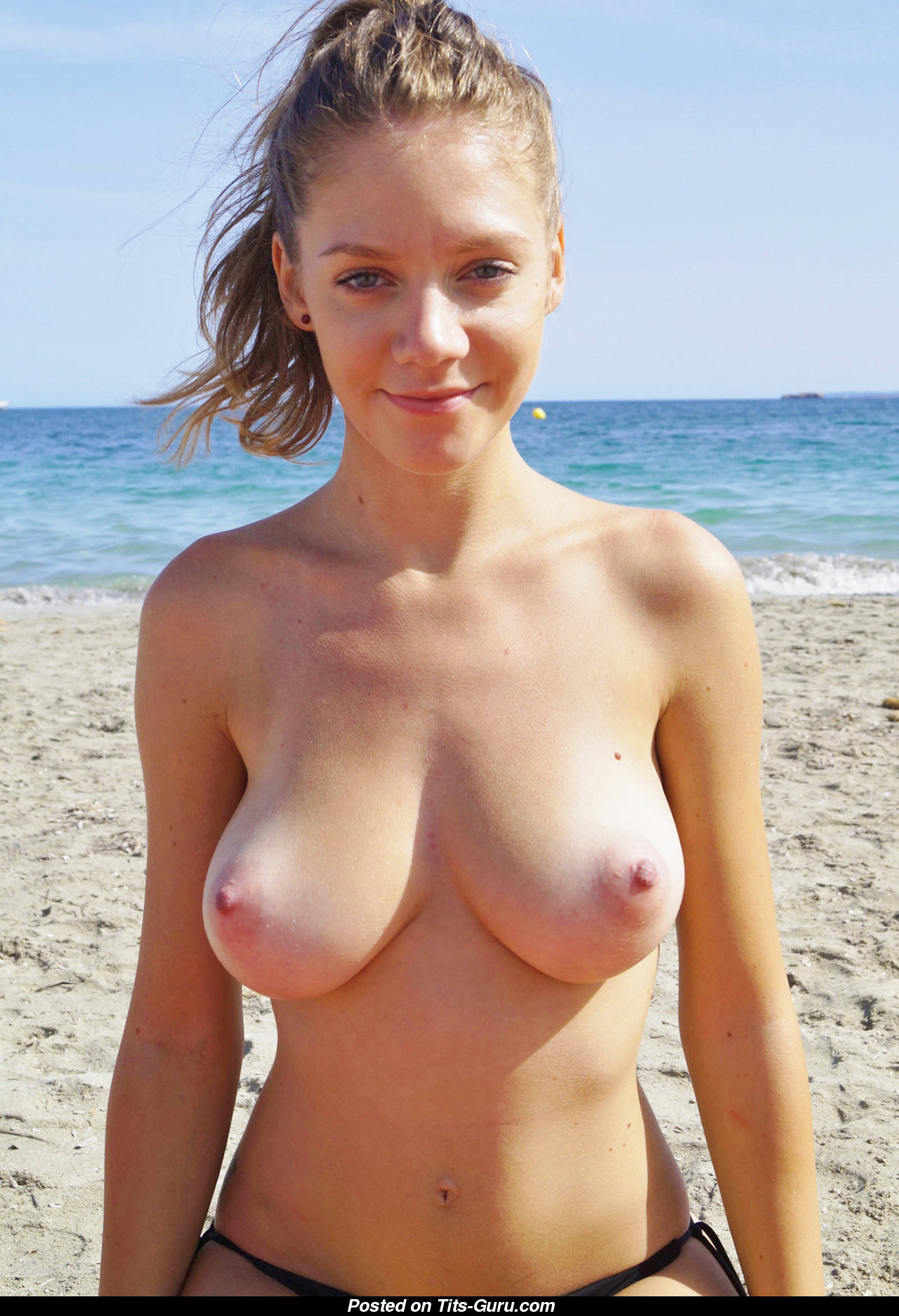 Topless Babe With Bare Real Medium Boobies On The Beach -4560