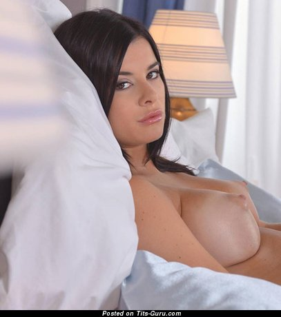 Dazzling Brunette with Dazzling Open C Size Melons (Hd Xxx Image)