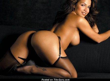 Vida Guerra - Exquisite Topless American Red Hair Girlfriend with Amazing Open Natural H Size Knockers & Pointy Nipples in Panties, Lingerie, Stockings & High Heels (Sexual Pix)