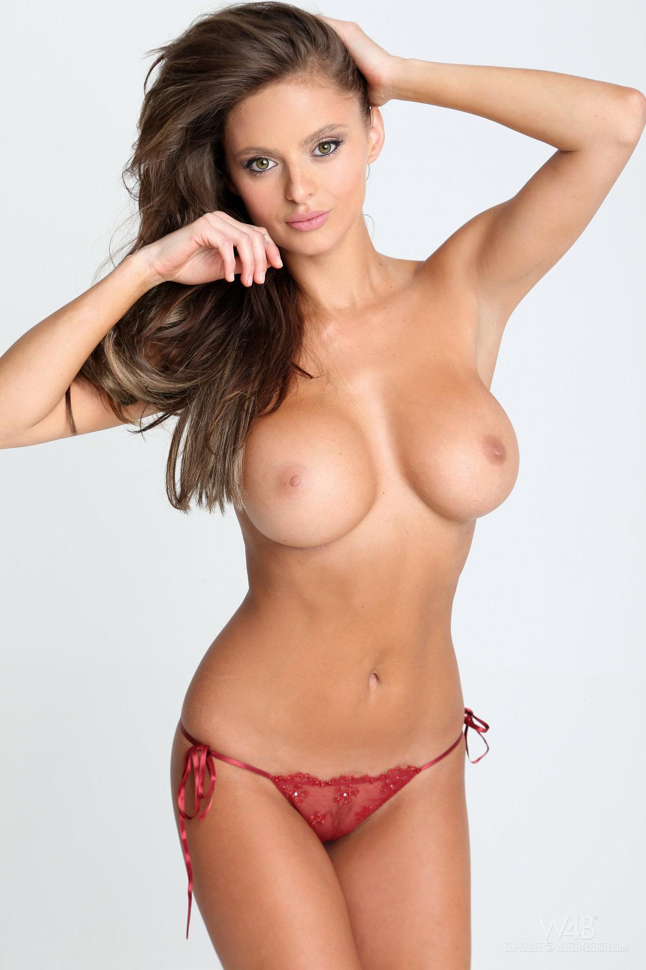 Стройные женщины большая грудь 9 фотография