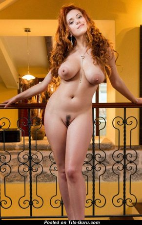 Lillith Von Titz - Beautiful Unclothed Russian Red Hair (Sexual Foto)