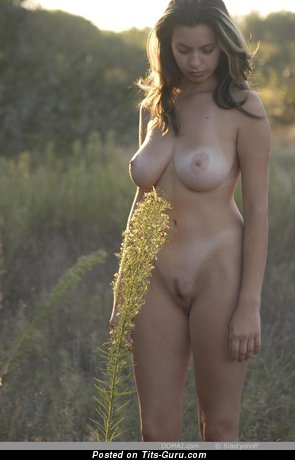 Image. Gigi - nude awesome woman photo