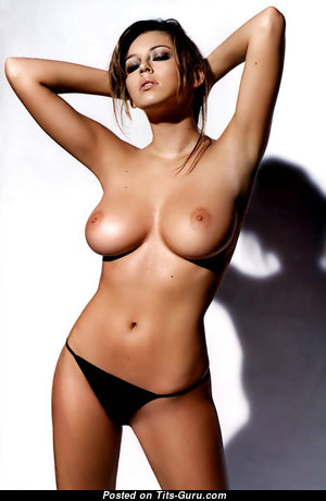 Keeley Hazell - Marvelous British Red Hair Babe with Marvelous Naked Real Normal Tittys & Piercing (18+ Pic)