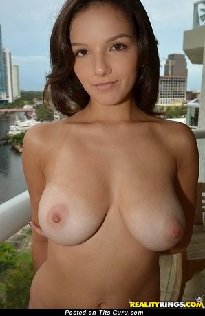 Image. Shae Summers - wonderful lady with big natural boobs photo
