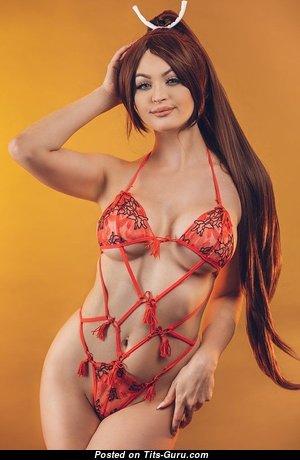 Bikini Babes - Graceful Unclothed Babe in Bikini (Amateur 18+ Picture)