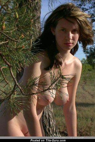 Image. Naked hot lady with natural tittes picture