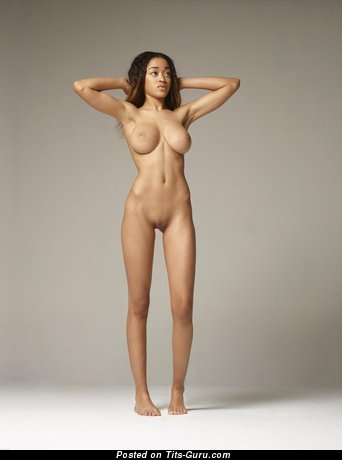 Image. Tyra - naked nice female with big boobies photo