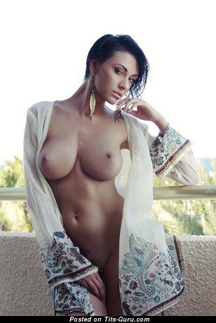 Superb Honey with Superb Naked Big Sized Tittes (Sex Image)